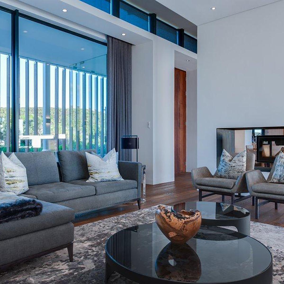 http://www.okha.com/wp-content/uploads/2017/05/grootbos-villa-2-living-room-2-1.jpg